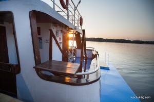 корабче по Дунав - русчук - палуба